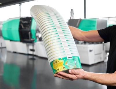 """""""Smarte"""" Spritzgießmaschinen von Arburg sind in der Lage, Rezyklate in schwankenden Qualitäten zu verarbeiten"""