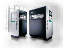 Die Freeformer der Baugrößen 200-3X und 300-3X verarbeiten Kunststoffgranulate, wie sie auch im Spritzgießen eingesetzt werden