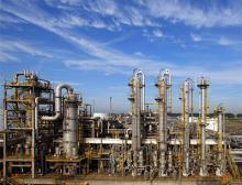 Lanxess übernimmt Emerald Kalama Chemical mit rund 470 Mitarbeitenden und drei Produktionsstandorten, u.a. Rotterdam